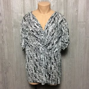 Black and White Stretch Blouse PLUS SIZE